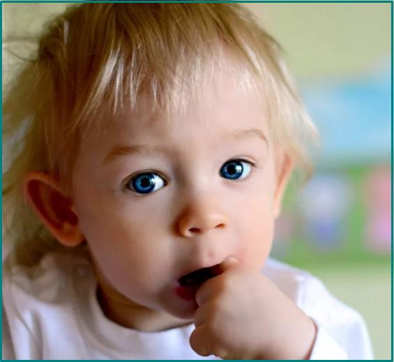 ребенок сосет палец в 2 года